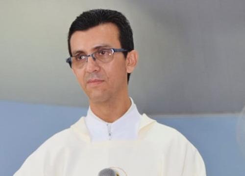 Padre Ronival Batista