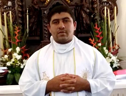 Padre Paulo Menezes