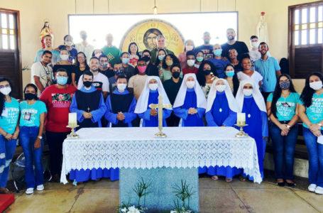 """""""Toda honra e Glória a Ele!"""" Setor Diocesano da Juventude, organiza retiro com os jovens"""